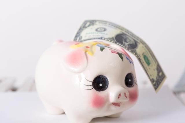 貯金箱とお金2